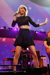 Taylor Swift Performs at KIIS FM's Jingle Ball 2014 in Los Angeles