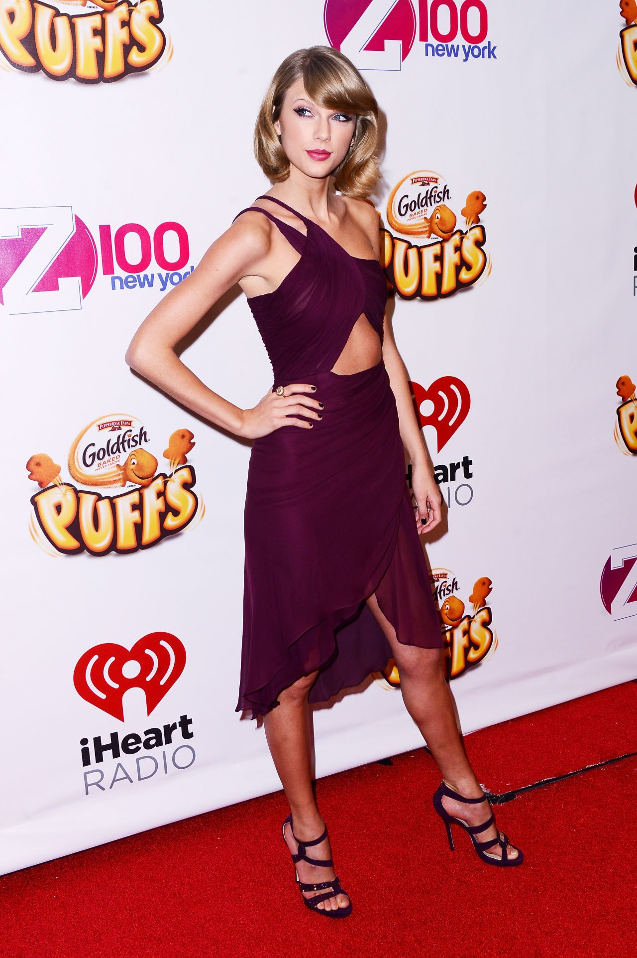 Taylor Swift Red Carpet Pics – Z100's Jingle Ball 2014 in New York City