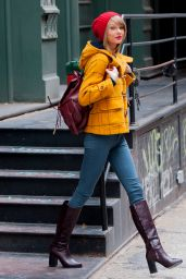 Taylor Swift Street Style - Out in New York City, December 2014