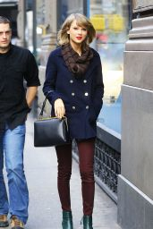 Taylor Swift Style - Out in NYC, December 2014