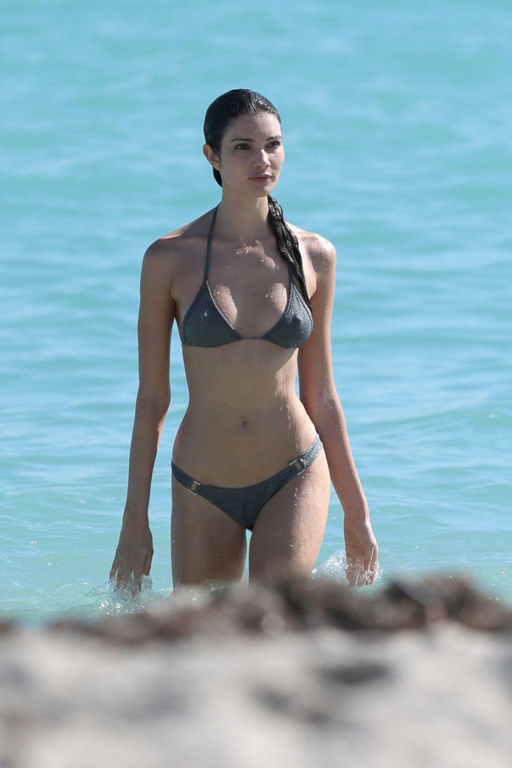 Teresa Moore In A Bikini In Miami December 2014