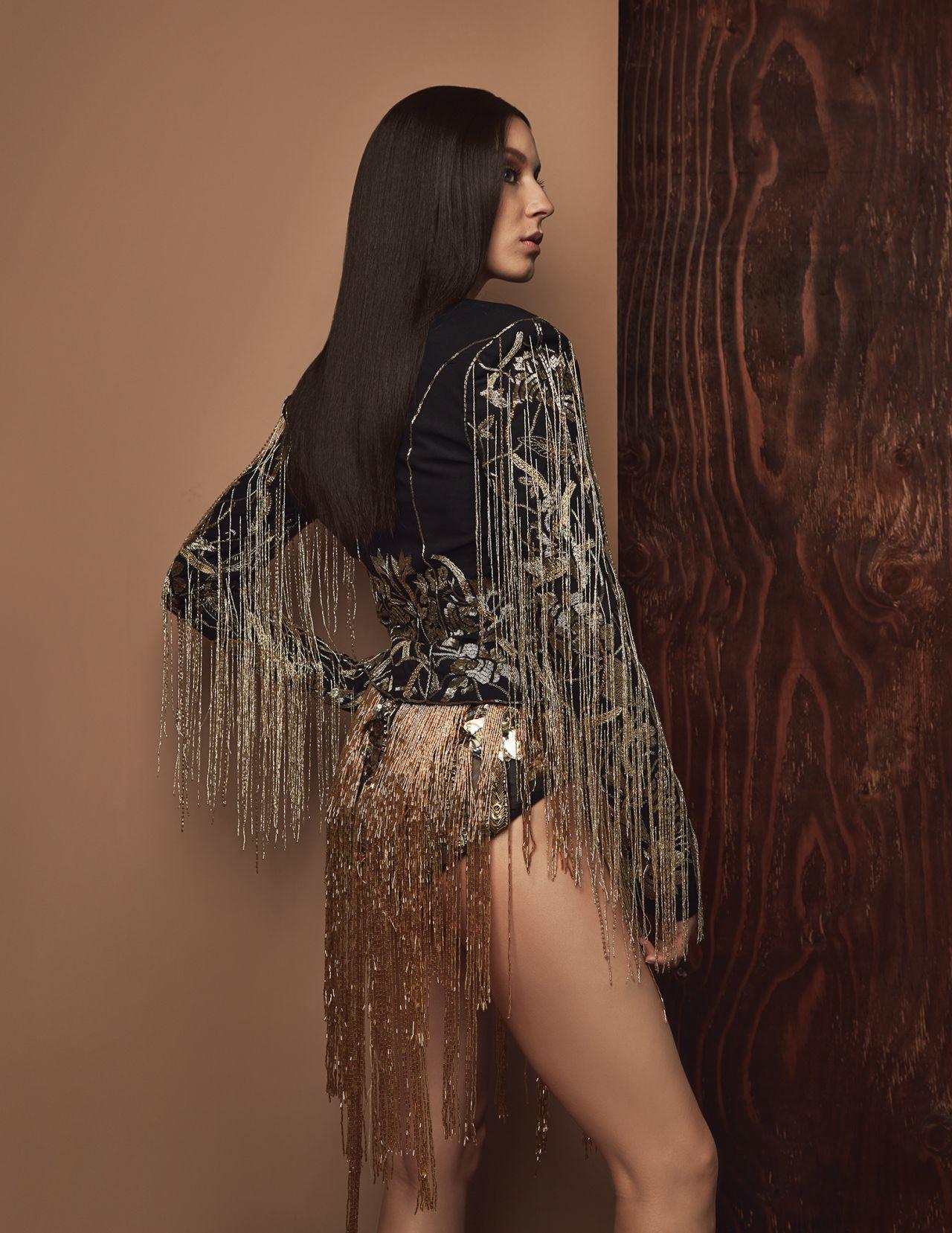Photoshoot For Vogue Magazine November 2015: Photoshoot For Schon Magazine