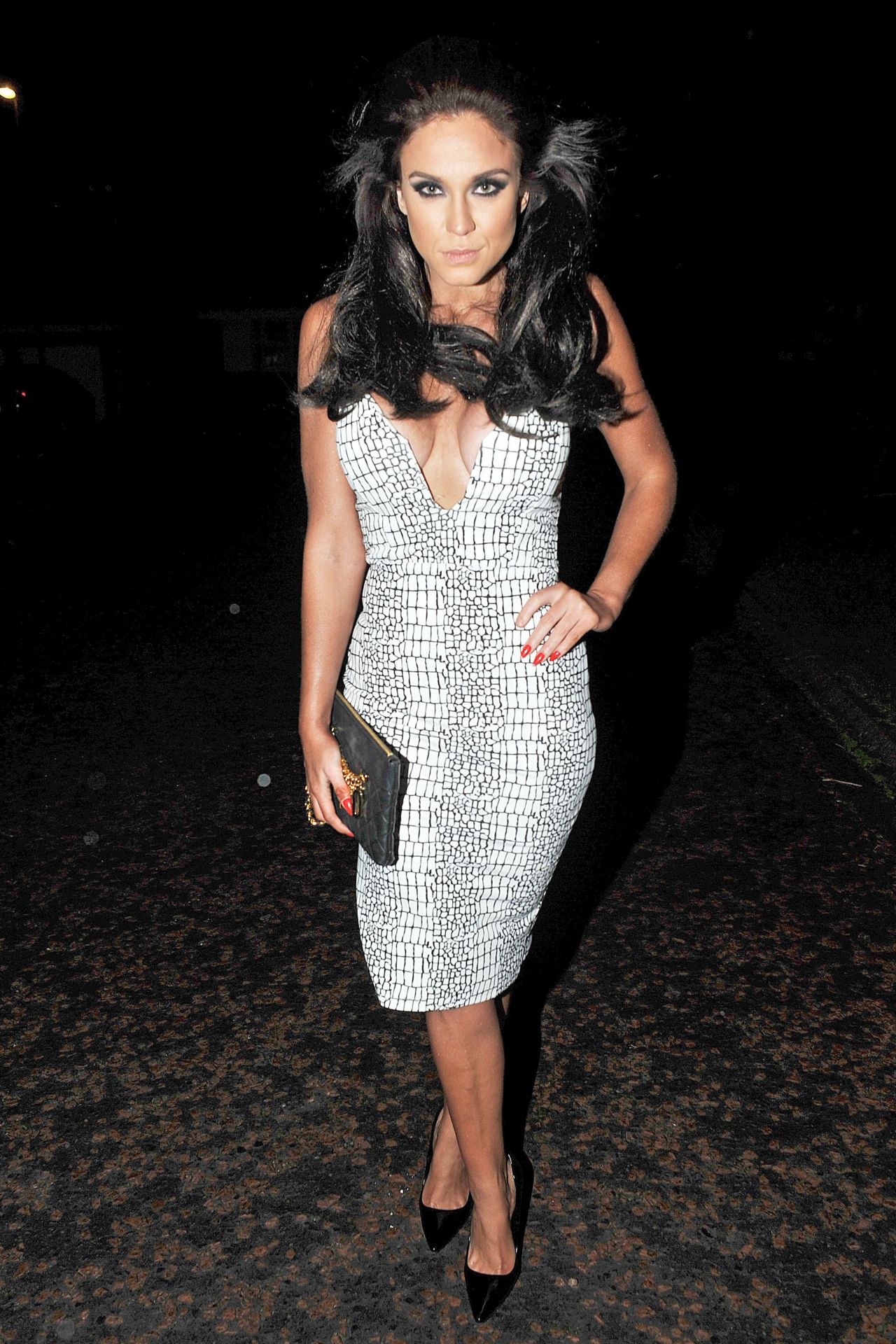 Vicky Pattison Night Out Style - Out in Manchester, December 2014