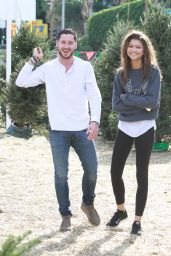 Zendaya Coleman in Leggings - Shopping for a Christmas Tree in Los Angeles - DEC 2014