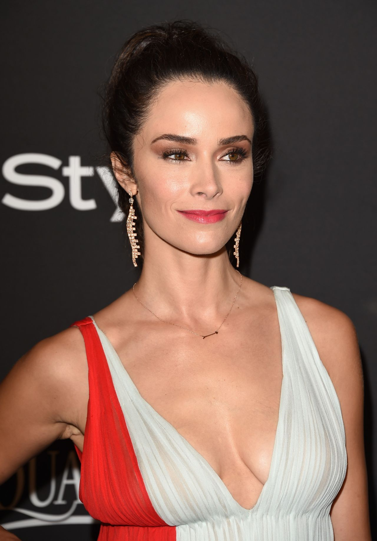 Abigail Spencer Instyle And Warner Bros 2015 Golden