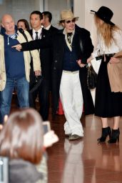 Amber Heard and Johnny Depp at Tokyo International Airport, January 2015