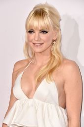 Anna Faris – 2015 People's Choice Awards in Los Angeles