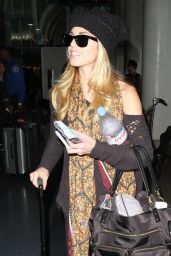 AnnaLynne McCord - At LAX Airport in Los Angeles, Jan. 2015
