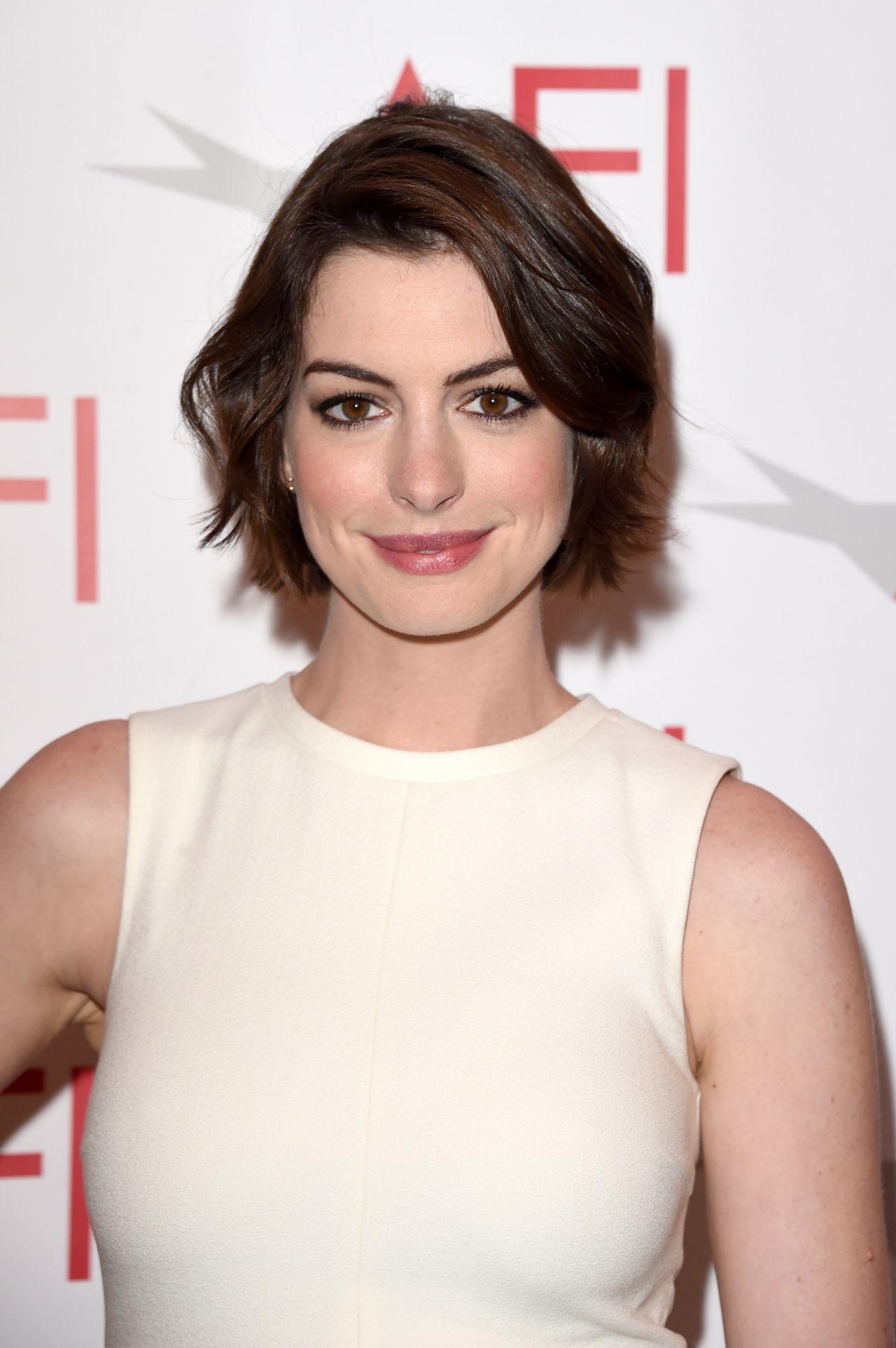 Anne Hathaway – 2015 AFI Awards in Los Angeles Anne Hathaway