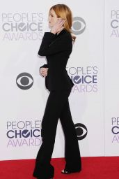 Bella Thorne – 2015 People's Choice Awards in Los Angeles