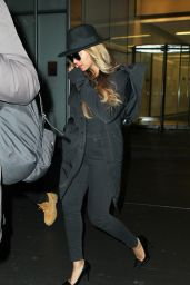 Beyonce Street Style - Leaving an Office building in New York City, Jan. 2015