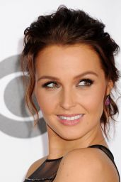Camilla Luddington – 2015 People's Choice Awards in Los Angeles