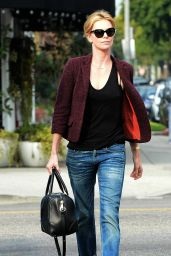 Charlize Theron Casual Style - Out for Lunch at Terronis in Los Angeles - January 2015