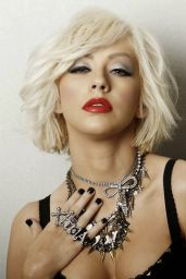 Christina Aguilera - Leisure Latino Magazine (Spain) - January 2015