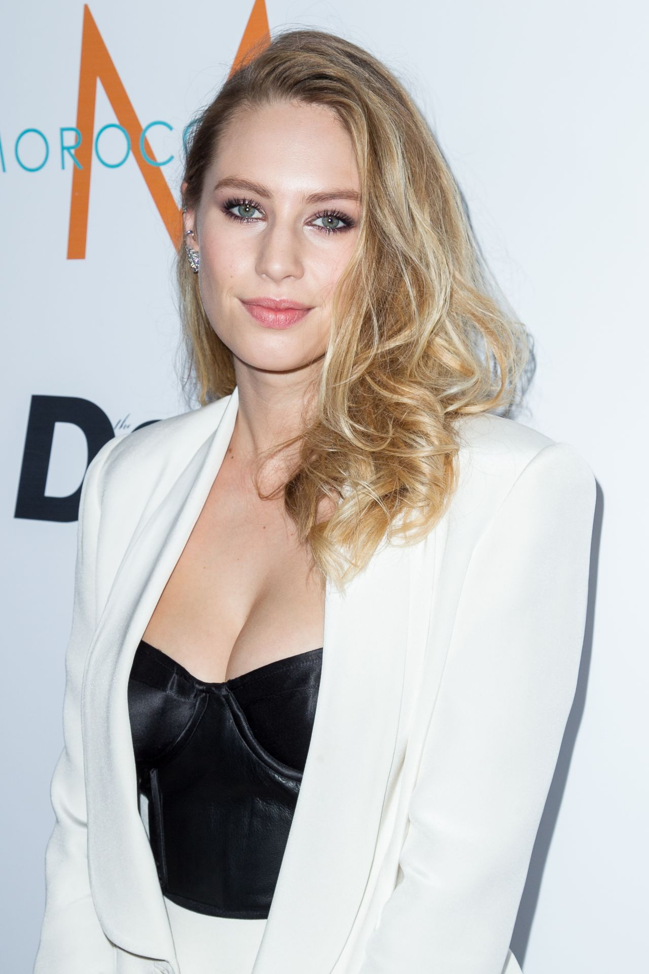 Dylan Penn – 'Fashion Los Angeles Awards' Show in Los Angeles