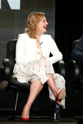 Elisabeth Moss – 'Mad Men' Panel TCA Press Tour in Pasadena