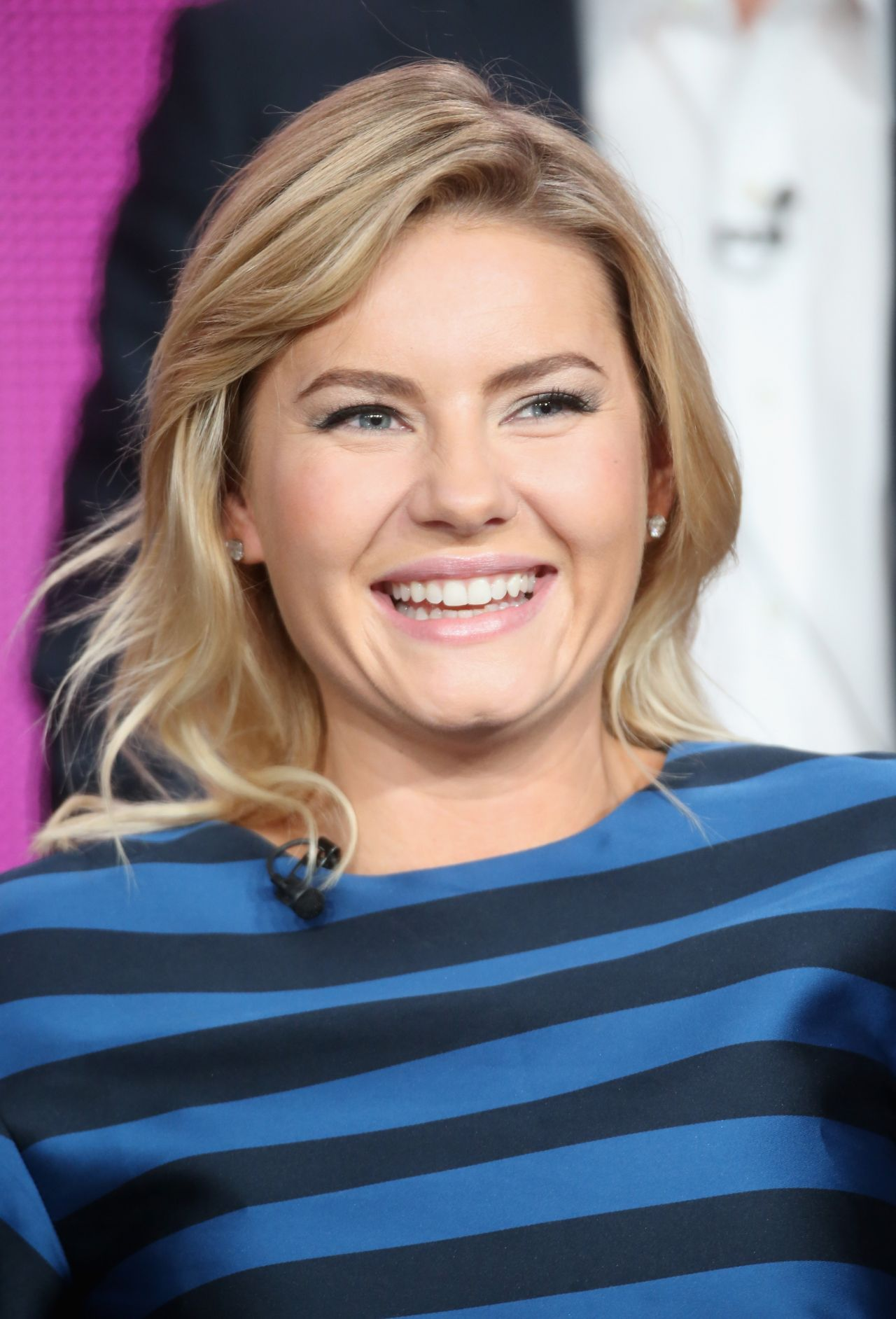 Elisha Cuthbert One Big Happy Panel Tca Press Tour In