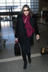 Elizabeth Hurley Style - at LAX Airport, January 2015