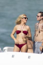 Ellie Goulding Bikini Candids - Yacht in Miami, January 2015