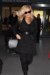 Ellie Goulding - Heathrow Airport - January 2015