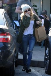 Emma Roberts Street Style - Out in Los Angeles, January 2015