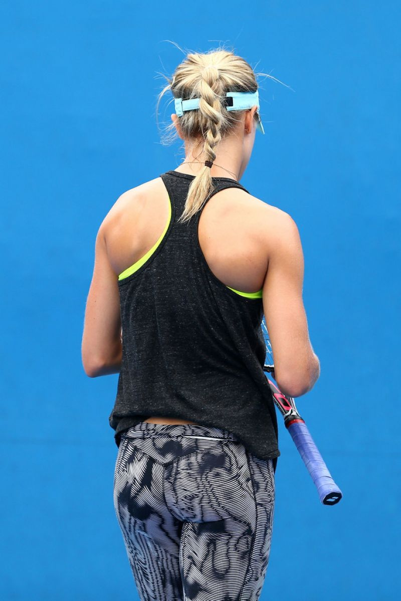 Eugenie Bouchard Booty In Tights Australian Open 2015
