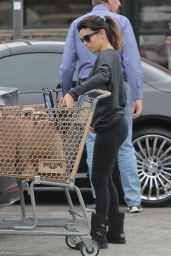 Eva Longoria Booty in Tights - Shopping in Malibu, January 2015