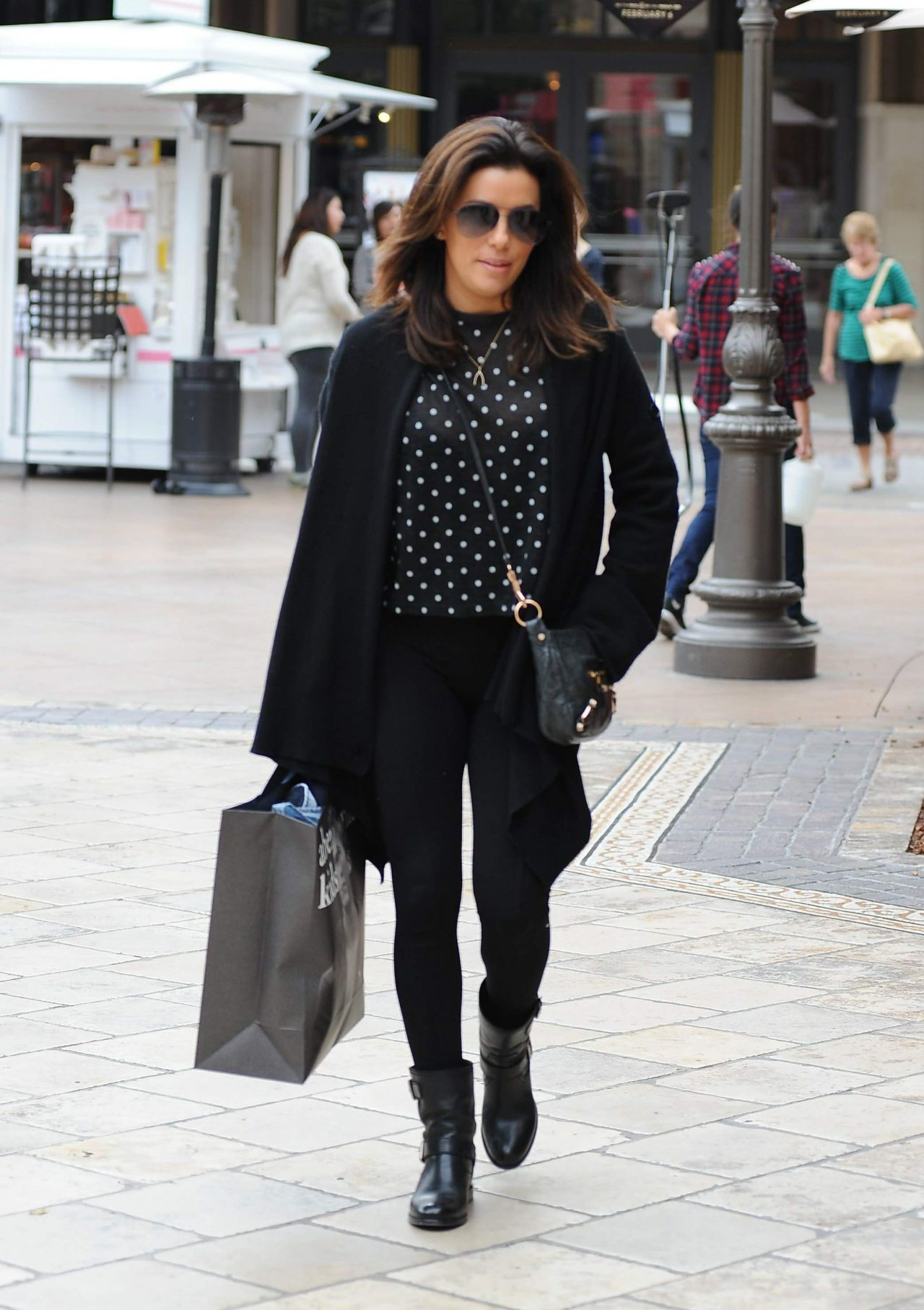 Eva Longoria Street Style Shopping At The Grove In Los Angeles January 2015