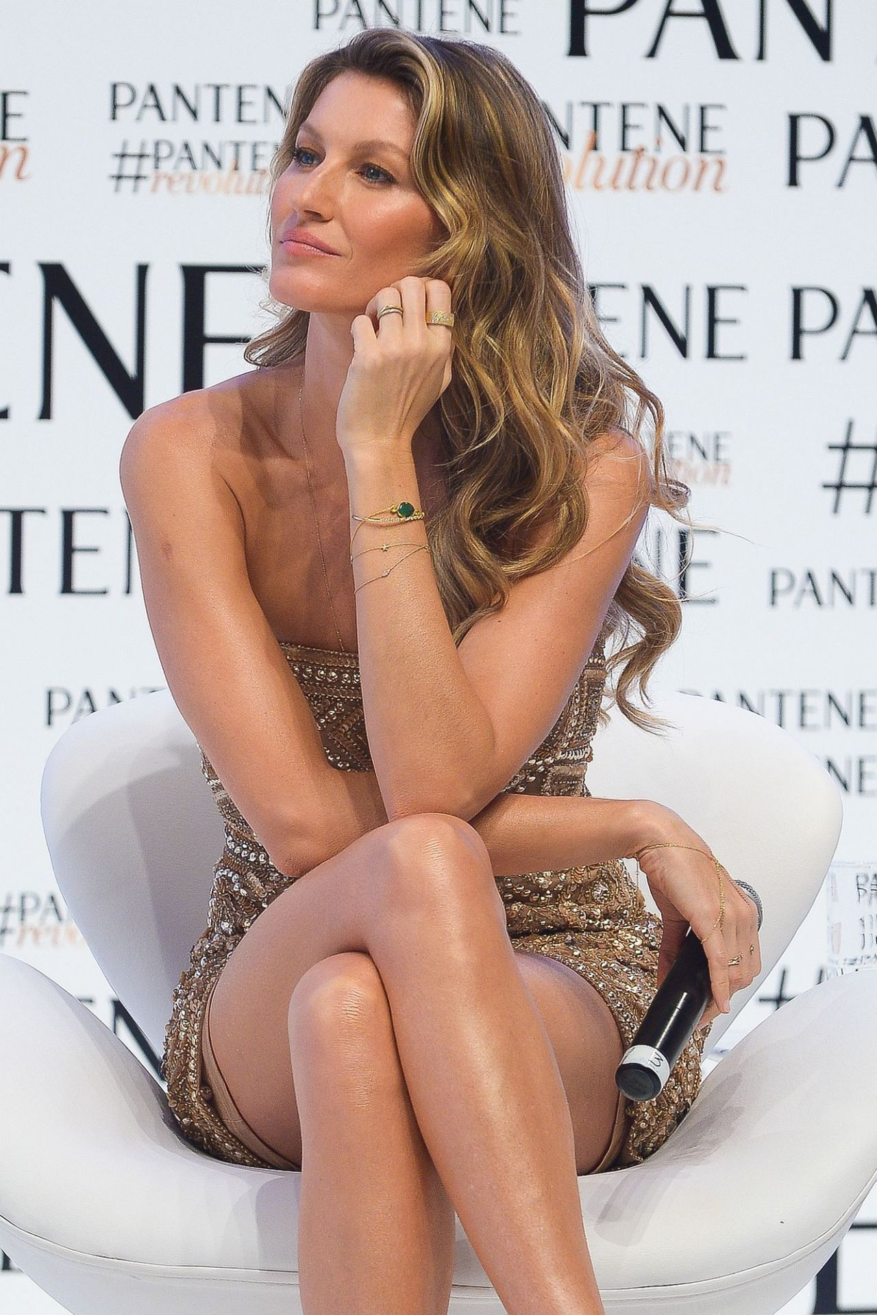 Gisele Bundchen at the Pantene Revolution Launch In Sao ...