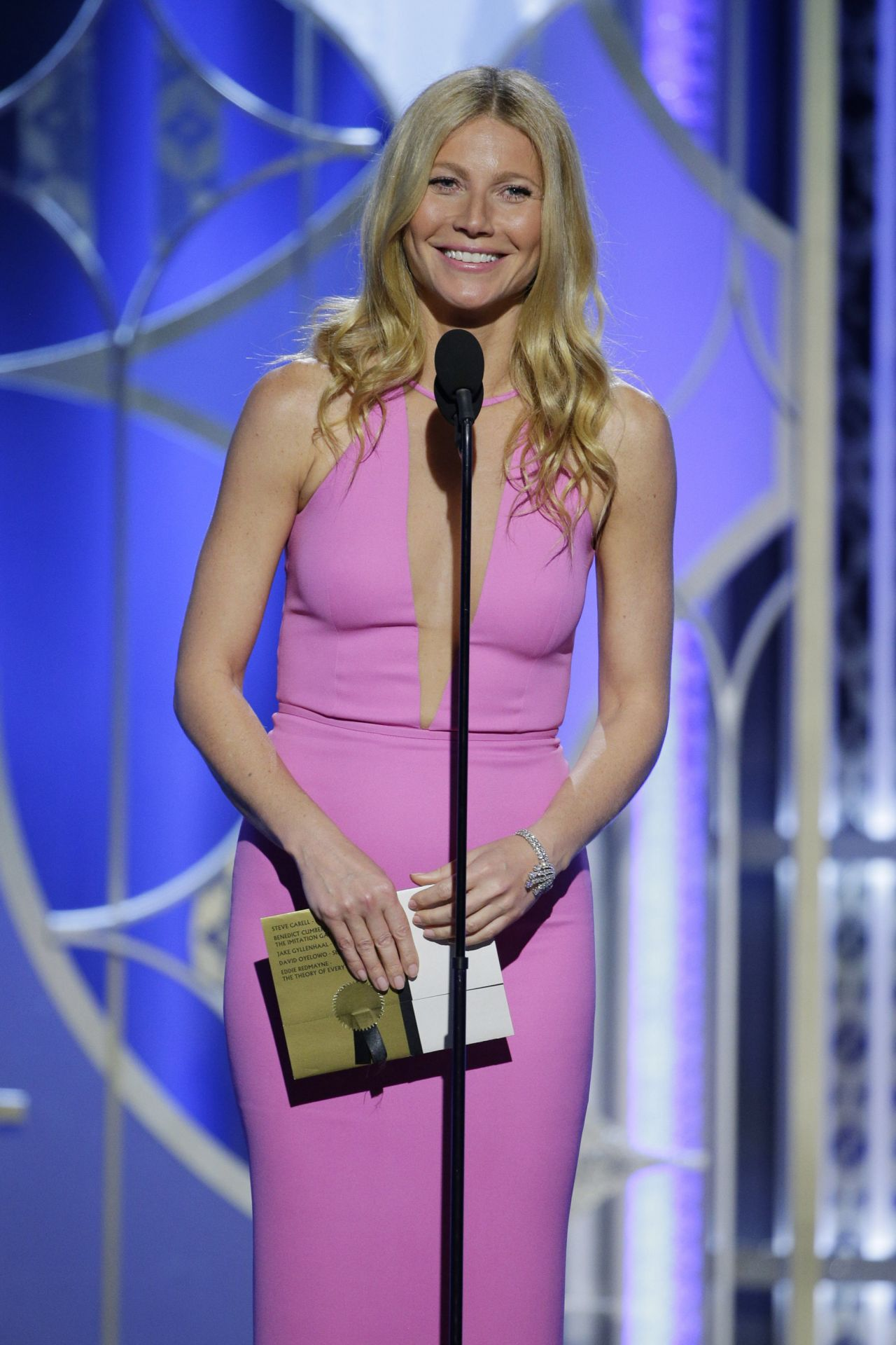 Gwyneth Paltrow - 2015 Golden Globe Awards in Beverly Hills