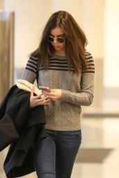Hailee Steinfeld Casual Style - at LAX Airport, January 2015