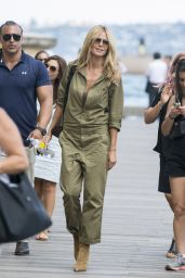 Heidi Klum Casual Style - Out in Sydney, January 2015