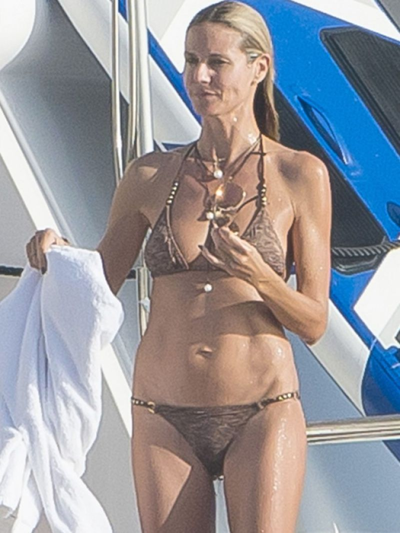 Heidi Klum in a Bikini in St. Barts, January 2015