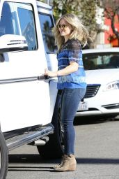 Hilary Duff - Meeting Friends for Lunch in Los Angeles, January 2015