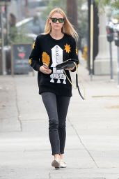 Jaime King - Runs Errands on 3rd Street in Los Angeles