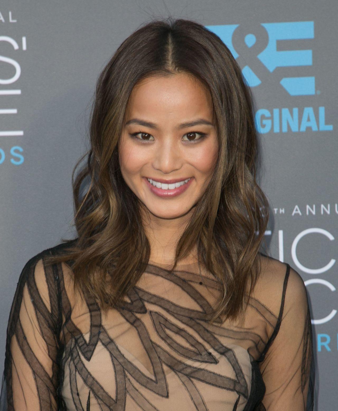 Jamie Chung \u2013 2015 Critics Choice Movie Awards in Los Angeles