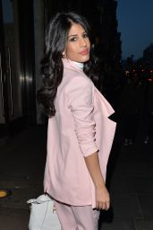 Jasmin Walia Style - Leaving Nobu in Mayfair - London, Jan. 2015