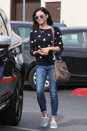 Jenna Dewan-Tatum Street Style - Shopping in Los Angeles, Jan. 2015