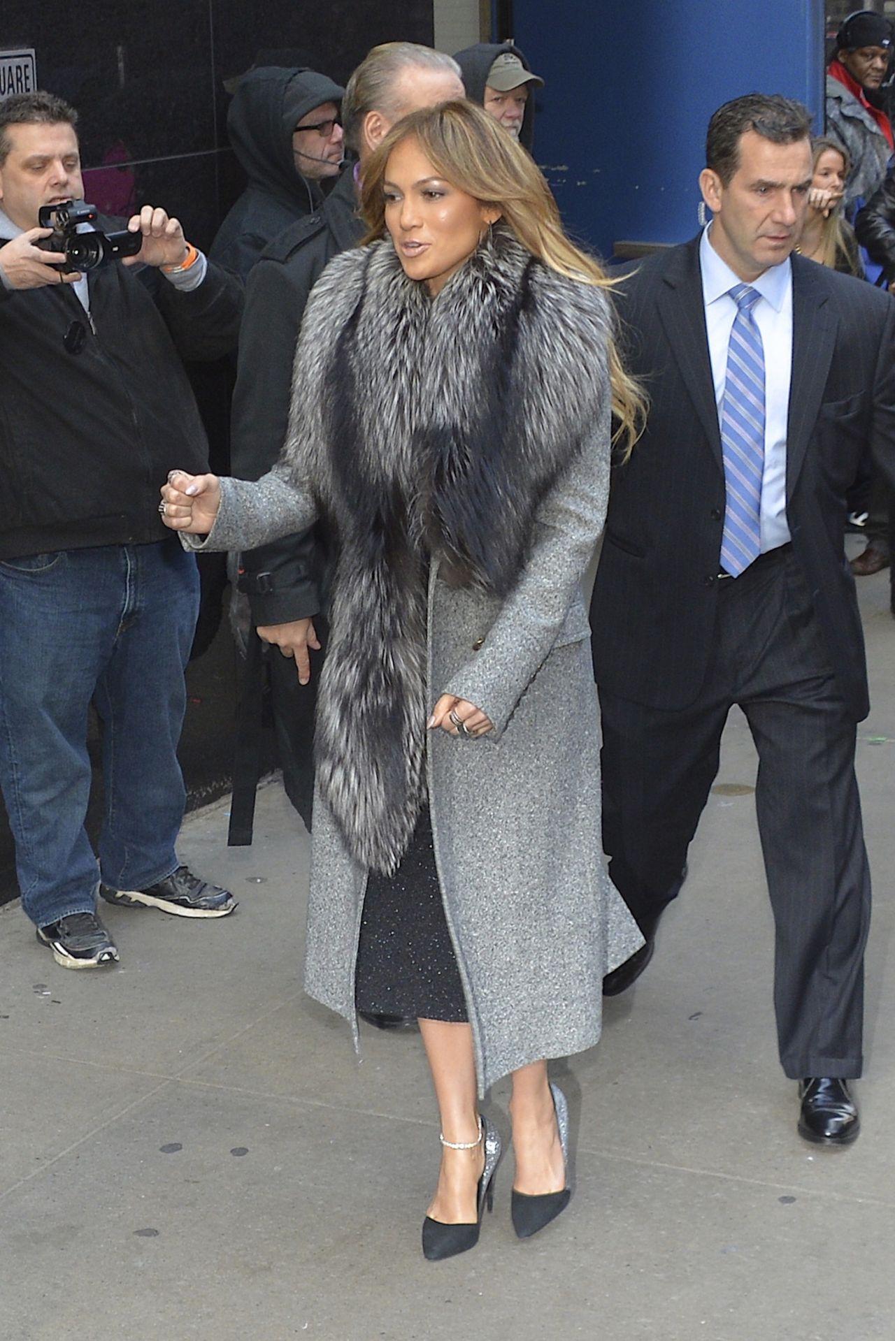 Jennifer Lopez Style - Leaving