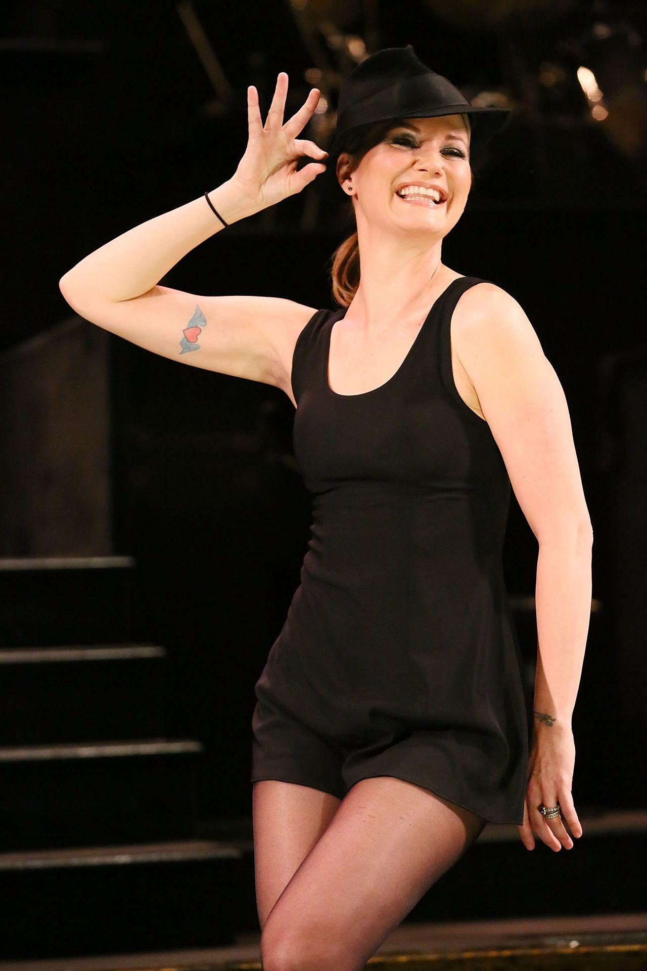 Jennifer Nettles Chicago Rehearsals In New York City