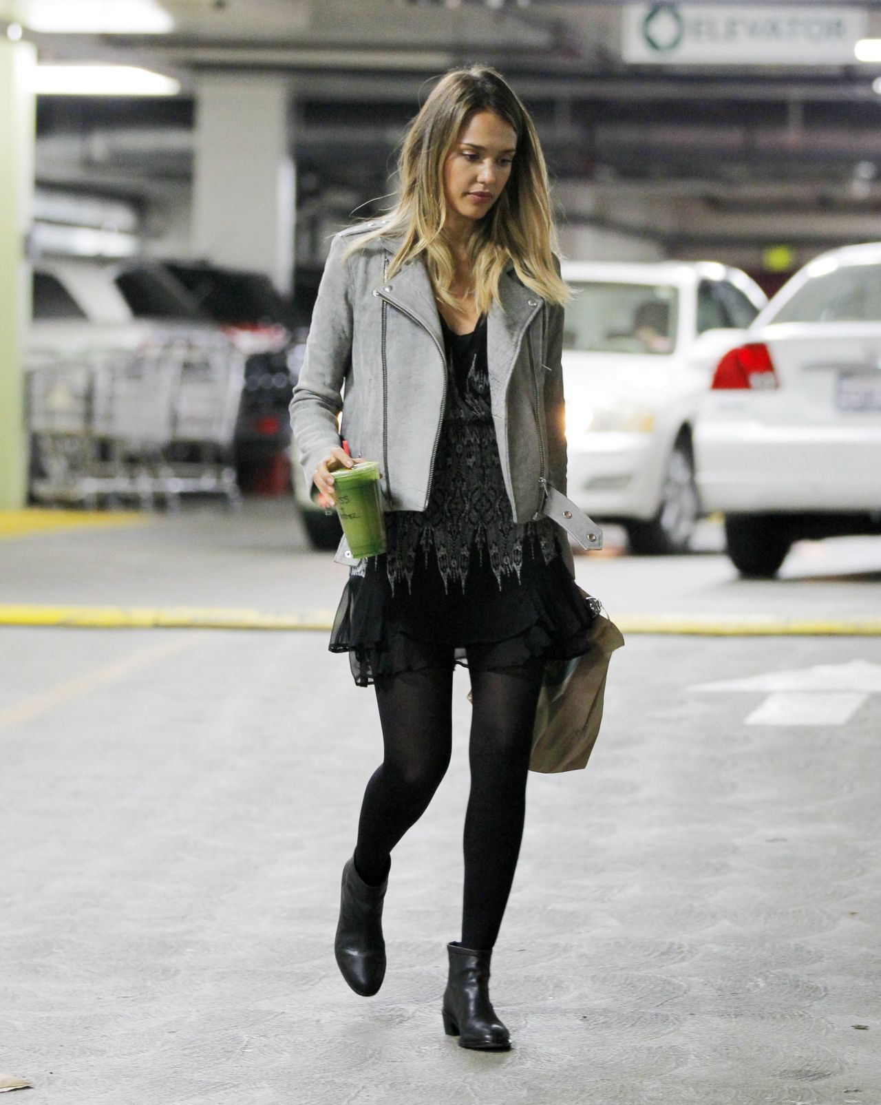 Jessica Alba 2015 Celebrity Photos Style Out In Los