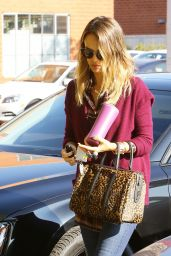 Jessica Alba Style - Out in Santa Monica, January 2015