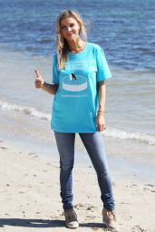 Joanna Krupa Pictures - Miracle March for Lolita in Miami - January 2015