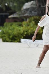 Jodie Marsh in a Bikini - Barbados, January 2015