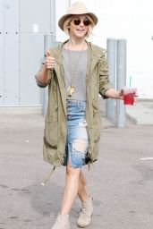 Julianne Hough Casual Style - Out in Los Angeles, January 2015