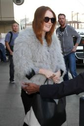 Julianne Moore Style - at LAX Airport, January 2015