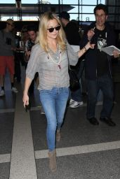 Kate Hudson in Jeans - LAX Airport in Los Angeles, January 2015