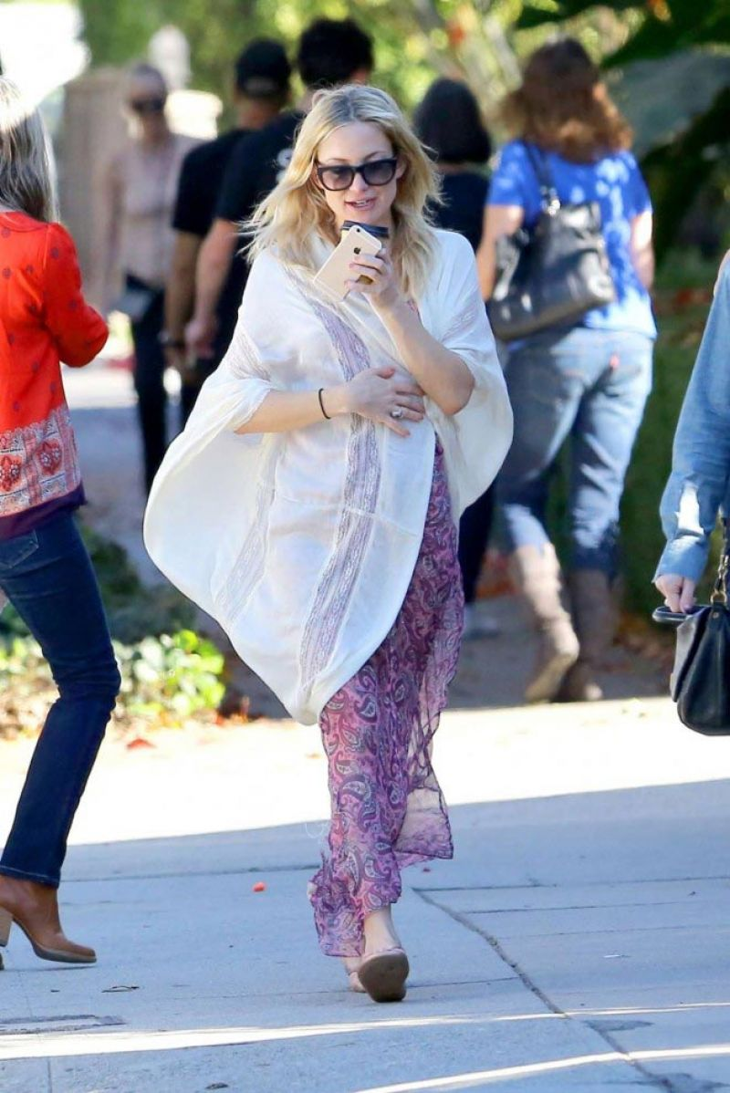 Kate Hudson 2015 Celebrity Photos Style Out In Brentwood January