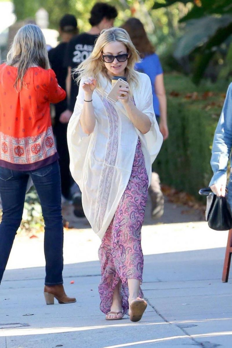 Kate Hudson 2015 Celebrity Photos Style Out In Brentwood January Page 1