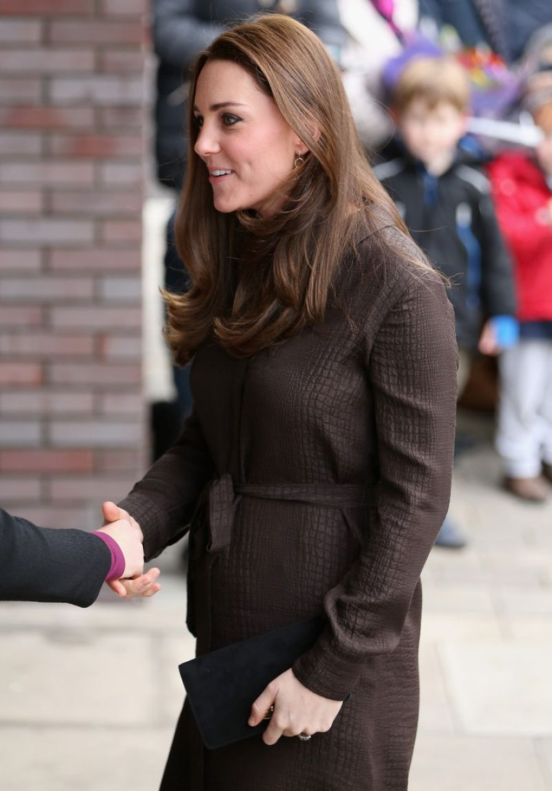 kate middleton style  visits the fostering network in london